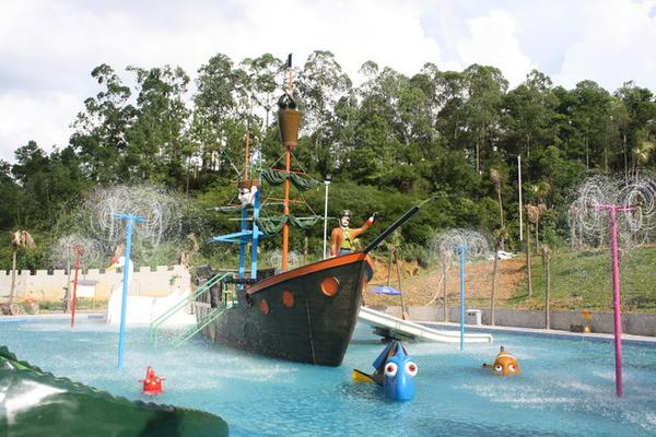 5小时),直接到【金水台太阳岛水上乐园】(参观约4小时)太阳岛水上乐园