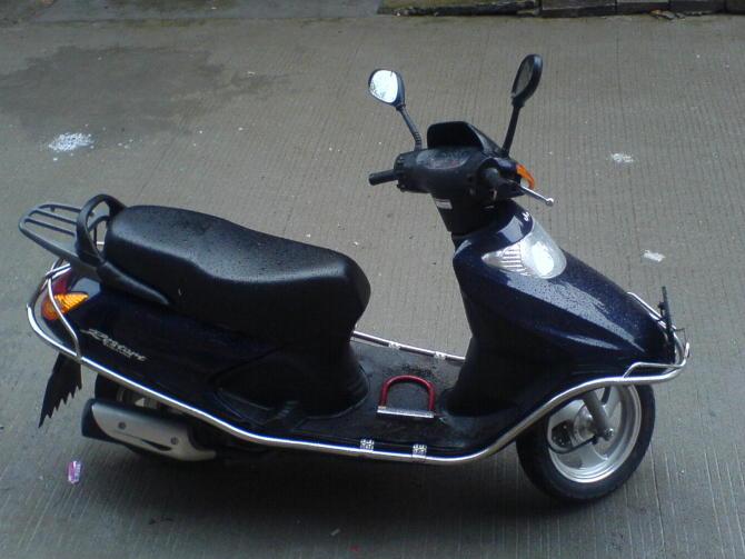 仿五羊本田100款-摩托车