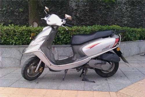 100c 豪爵二轮摩托车转让(端州牌)